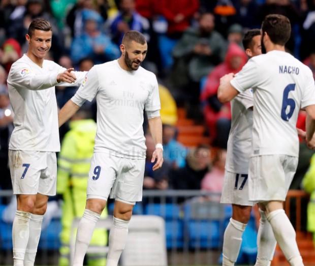 Cristiano Ronaldo S 4 Goals Lead Real Madrid To Win Vs: Cristiano Ronaldo Vs Sporting Gijon